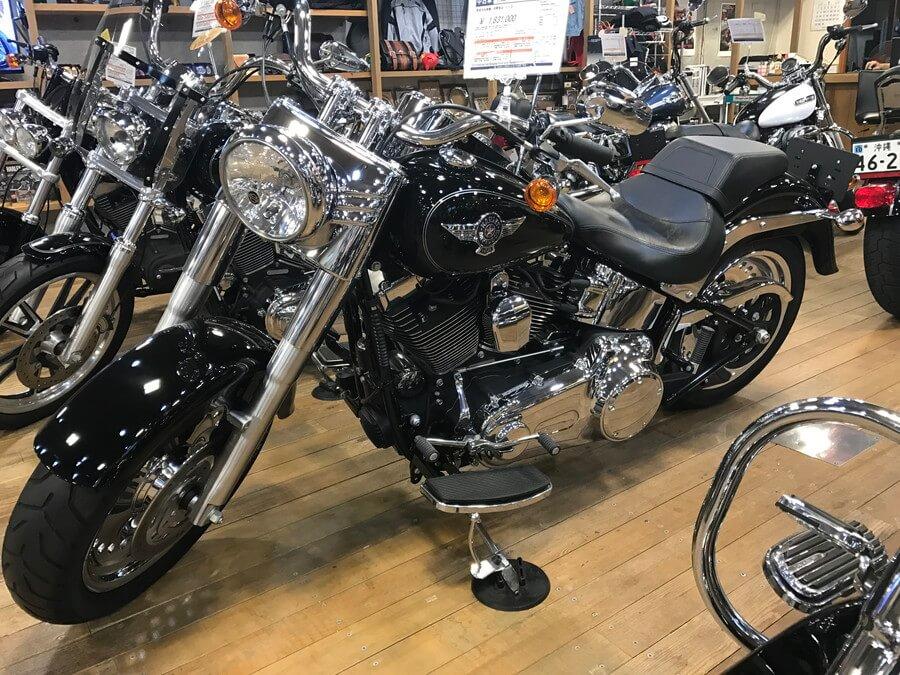 バイク 大型 都内最大級 バイクのデパートSCS